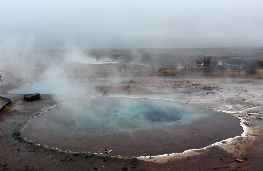 Tips over Geysir en Strokkur in IJsland